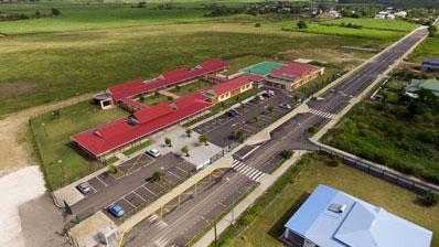 Photo aérienne par drone en Guadeloupe : Ecole de Petit Canal